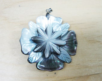 Grey Mother of Pearl Flower Pendant