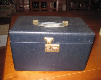 REDUCED !!Vintage old box record box suitcase luggage