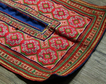 Vintage Hmong fabric from front  Hmong skirt #m00261