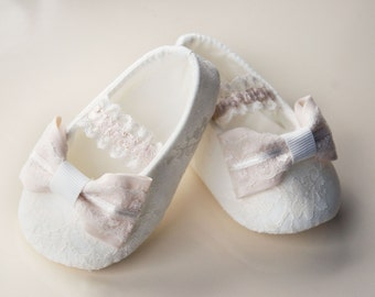 shoes for baptism-baptism shoes-christening shoes-ivory baptism shoes with bow