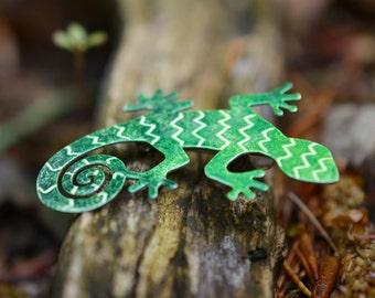 Handpainted Lizard Brooch, Enamel Lizard Pin,  Reptile Brooch, Reptile Pin, Enamel Brooch, Enamel Pin, Gecko Pin, Gecko Brooch, Lizard Badge