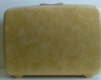 Vintage Yellow Samsonite Suitcase.