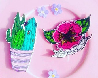 PANSY pin/brooch/badge/accessory, HANDMADE original illustration with a durable plastic finish.