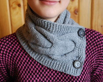 Knitted grey snood Warm grey scarf Hand knit woomens snood Winter Scarves Knitted Scarves