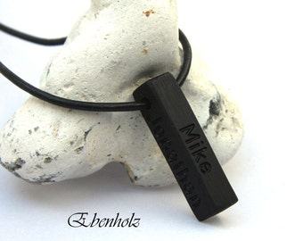 "Ebony with engraving ""Family Bar"" chain"
