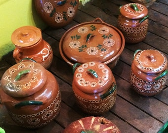 Assorted Red Clay Bean Pots