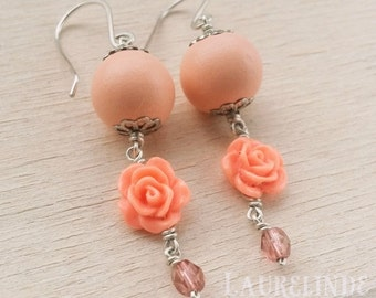 Romantic rose earrings Ysolde, sweet pink flower earrings