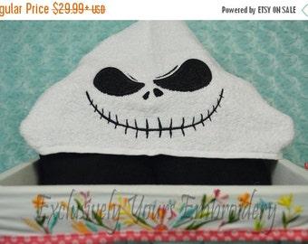 Skeleton Hooded Towel