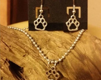 Dog paw necklace and earrings
