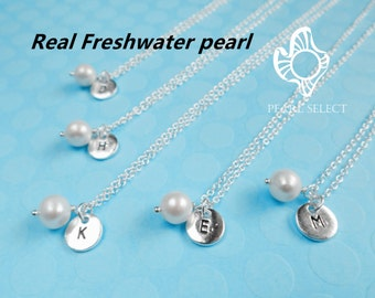 bridesmaid gift,pearl necklace,freshwater pearl necklace,initial necklace,personalized necklace,Monogram Necklace