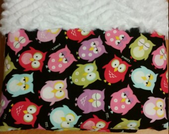 Adorable, bright owl baby blanket