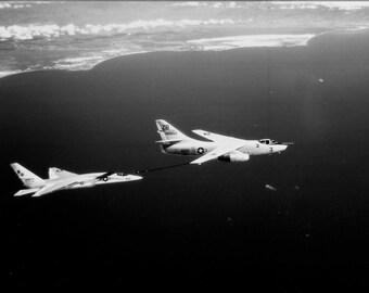 24x36 Poster . Ra-5C Vigilante (Rvah-13) Bats Refuels From Ka-3B Skywarrior 1965