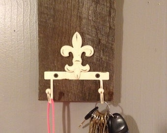 Key Holder, dog leash holder, hat rack, reclaimed, home decor, entry, distressed, natural, coat rack, jewlery, wall decor