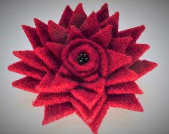 Red felt star flower brooch