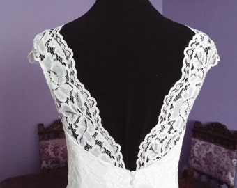 Boho Vintage Inspired A-Line Wedding Dress with Long Lace Train, V Neck , Lace Corset, Fully Lace, Open Back