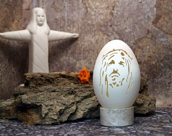 Carved Goose Egg.......... Jesus ............. by Cheryl........From gifts to collectibles, a handcarved egg will always speak to the heart!