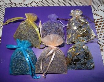 BRIDAL SHOWER FAVORS     Lavender  Sachets      All Natural    Lavender Scented Wedding favor   wedding toss