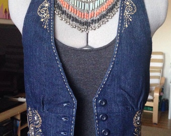 Lady denim Vest.