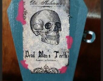 Decorative Halloween Zombie Brew and Dead Man's Teeth, Decoration
