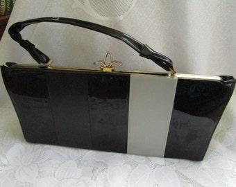Black Grey Patent Leather Handbag Vintage 1950's  Fleur De Lis Clasp Vinyl Purses Top Handled Bag Accessory - BAG020