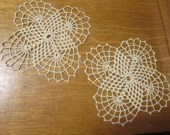 Beige Crocheted Dollie Set Vintage 1940's Handmade Home Table Decor Linens Accessories - J063