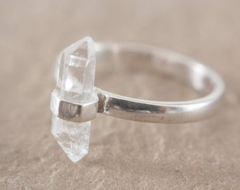 Quartz ring / Natural double terminated quartz point / Sterling silver