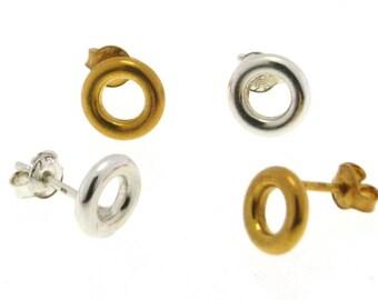 Circle stud earrings, Tiny Round stud earrings, Sterling Silver Round stud, Karma stud earrings, Circle Post earrings, Eternity earrings