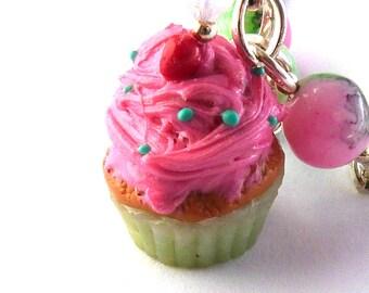 Kawaii cupcake necklace, Kitsch, cupcake, necklace, pink, green