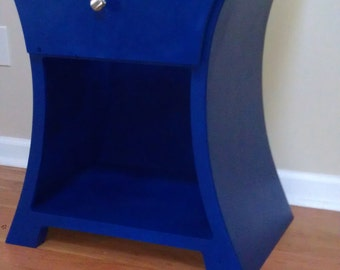 Custom curved end table