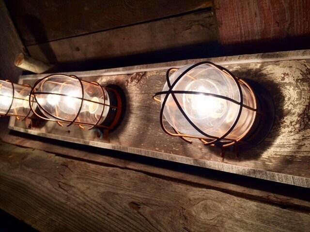 3 Bulb Nautical / Beach House Bathroom Vanity Bulkhead Light