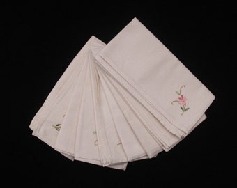 "Eight Cream Napkins with an embroidered floral motif 15.5"" x 15"" (Ref 3533)"
