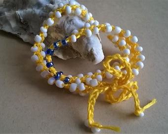 Turkish flat crochet bracelet. Crocheting beads and fiber bracelet. Crochet jewelry. Thread and seed beads bracelet.