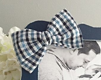 Blue plaid bowtie- can ONLY be purchased with a frame from Kissel Ave!