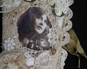 Vintage/Shabby Chic Needle keeper