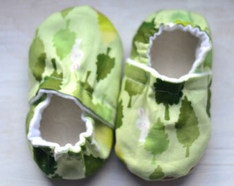 Baby Easter outfit Bunny Toddler shoes Forest baby shoes kids green outfit Bunny Kids shoes White Bunny shoes Crib baby shoes forest nursery