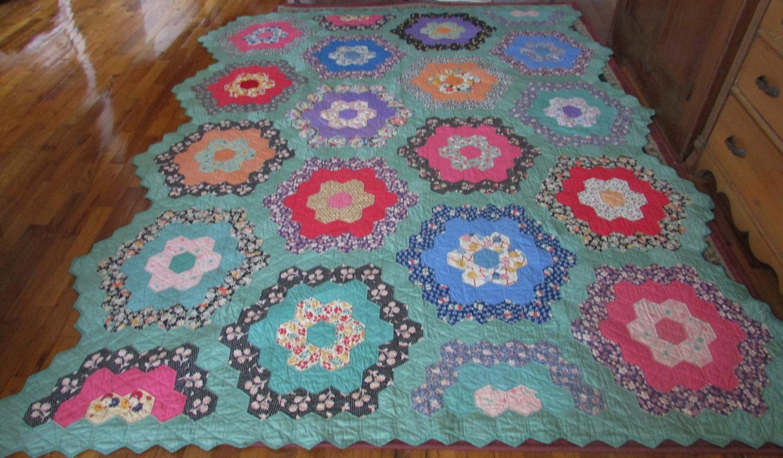 Antique grandmother 39 s flower garden quilt vintage flower - Grandmother s flower garden quilt ...