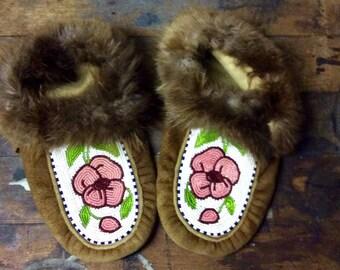Vintage leather moccasins size 6 ish