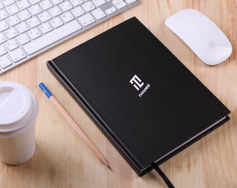 Twonee notebook / Undated yearly planner