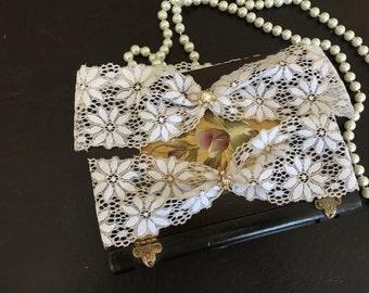 wedding garter set, white/gold lace bridal garter set, rhinestone, gold