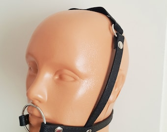 Cock face harness