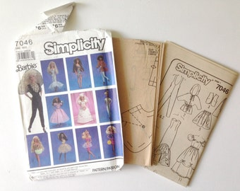 1990s Barbie Sewing Pattern. Simplicity 7046. 12 Barbie Doll Outfits.