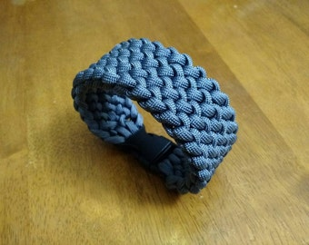 Conquistador single color Paracord bracelet