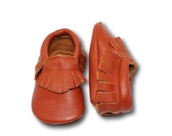 FREE SHIPPING! Saddle Brown Baby Moccasins // Brown Baby Moccasins // Baby Mocassin // Baby Boy Moccasin // Brown Baby Shoes