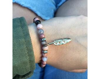 1  feather beaded bracelet