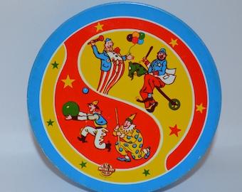 1960's US Metal Toy Mfg Co Noisemaker