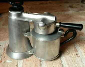 Coffee pot The Vesuviana first type of solid aluminium