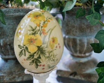 Vintage Egg with Yellow Flowers