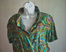 Richly Colored 100% SILK 1960s Psychedelic Dorothy Korly Short-Sleeved Button Down Cropped Blouse With Collar & Elastic Waistband, size XS/S