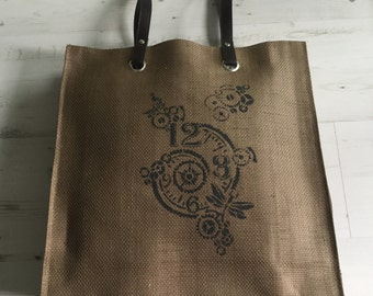 Linen shopping bag with leather straps