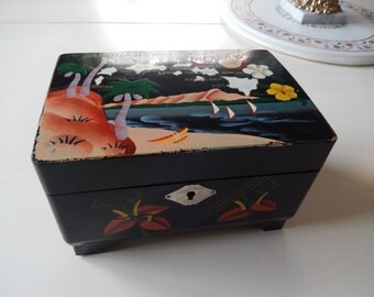 HAWAIIAN JEWELRY BOX Made in Japan